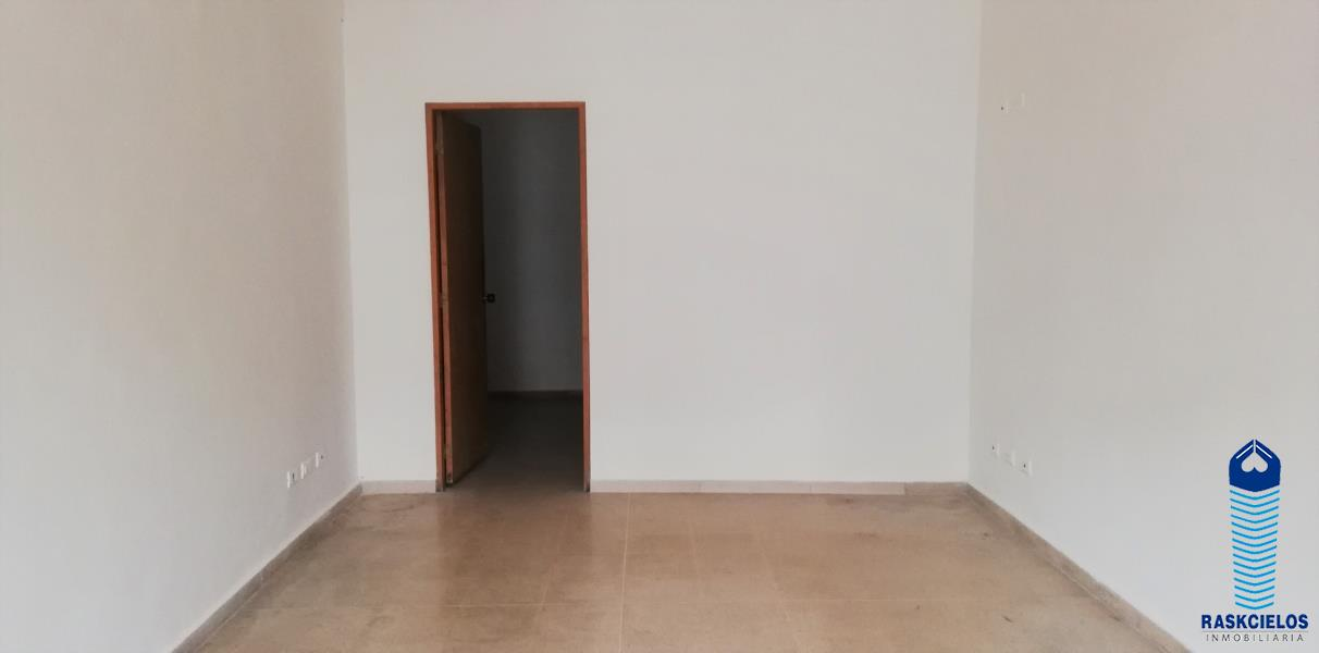 Local disponible para Arriendo en Medellin con un valor de $1,200,000 código 355